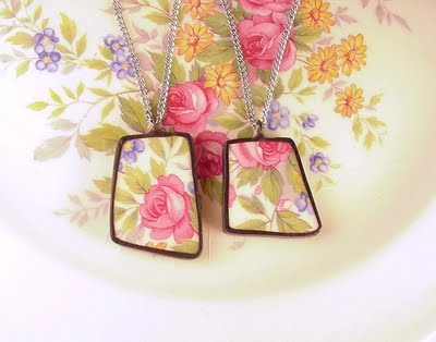 Pendant necklaces made from upcycled fragments of broken china